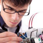 Saiba como um hobby pode determinar uma carreira profissional bem sucedida e o que é necessário para se tonar Técnico de Suporte capacitado em hardware montagem e configuração de computadores